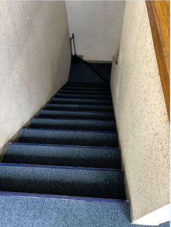 階段(貼った後).JPG
